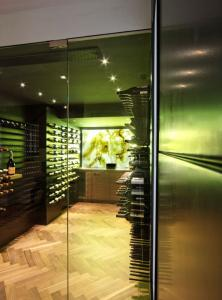 Chicago IL 60642 Contemporary Wine Cellar Racking (031)