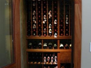 Barrington Hills IL 60010 Custom Wine Cellar Cabinetry (051)