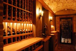 Deerfield IL 60015 Custom Wine Cellar Cabinetry (061)