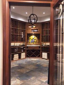 Glencoe IL 60045 Custom Wine Cellar Cabinetry (064)