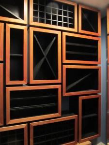 Highland Park IL 60035 Custom Wine Cellar Cabinetry (076)