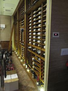 Union League Club of Chicago IL 60604 Custom Wine Cellar Cabinetry (084)