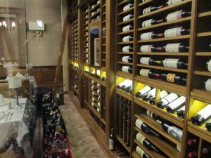 Union League Club of Chicago IL 60604 Custom Wine Cellar Cabinetry (085)