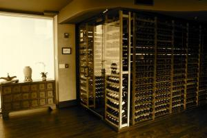 Chicago Loop IL 60614 Traditional Wine Cellar Racking (110)