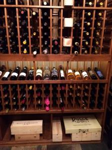 Glencoe IL 60022 Traditional Wine Cellar Racking (113)