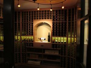 Golf IL 60029 Traditional Wine Cellar Racking (117)