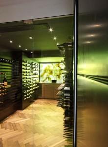 Chicago IL 60654 High-rise Condo Wine Cellar